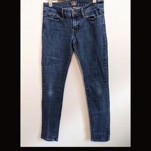 Levi's cropped slight curve skinny jeans